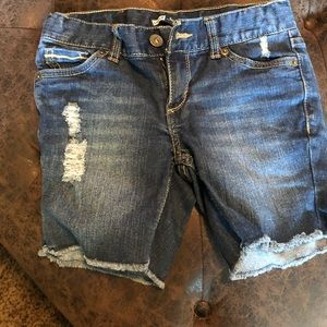 Levi's Shorts - Girls